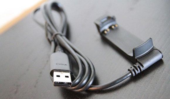 Garmin fenix 2 - USB-кабель