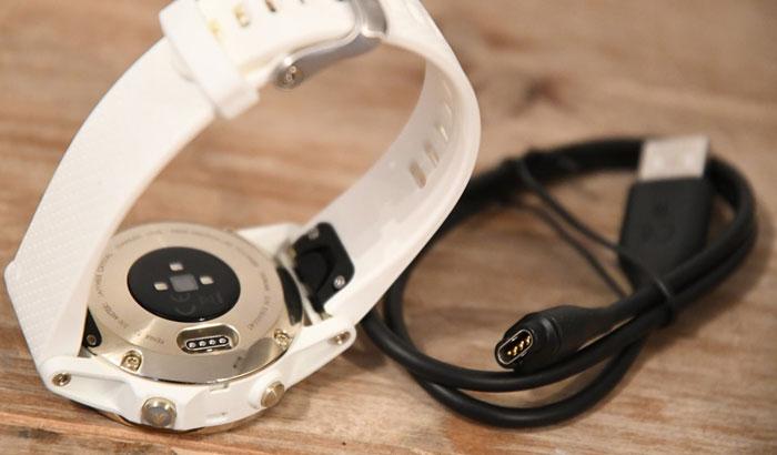 Garmin fenix 5S - кабель зарядки