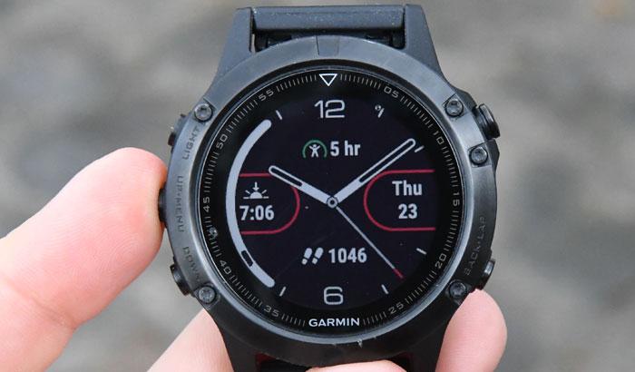 Циферблат часов Garmin Fenix 5 может быть настроен под вас
