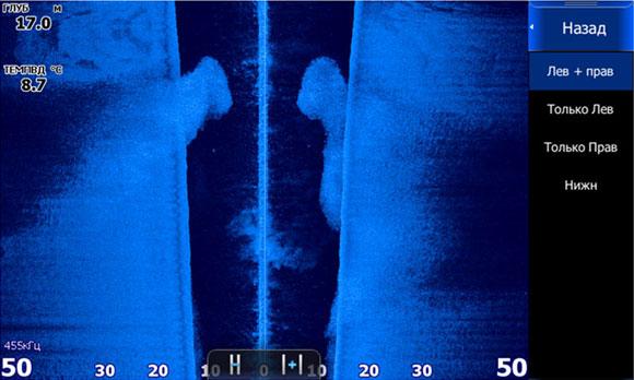 Боковой обзор структурсканера - Огромная стая мелкой рыбешки читается благодаря высокой плотности