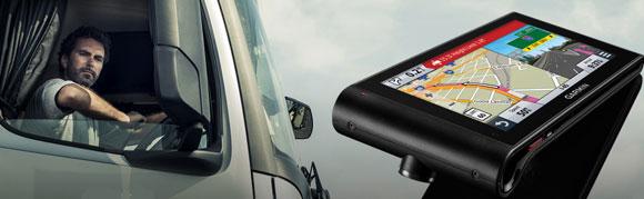 Автонавигатор для грузовиков Garmin dezlCam LMT с видеорегистратором