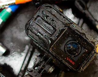 Экшн-камеру Garmin VIRB X можно погружать в воду на глубину до 50 метров
